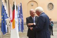 Visite de Dimitris Avramopoulos, membre de la CE, à Berlin