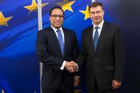 Visit of Alden McLaughlin, Caymanian Prime Minister and Minister for Human Resources, Immigration and Community Affairs and Tara Rivers, Caymanian Minister for Financial Services and Home Affairs, to the EC