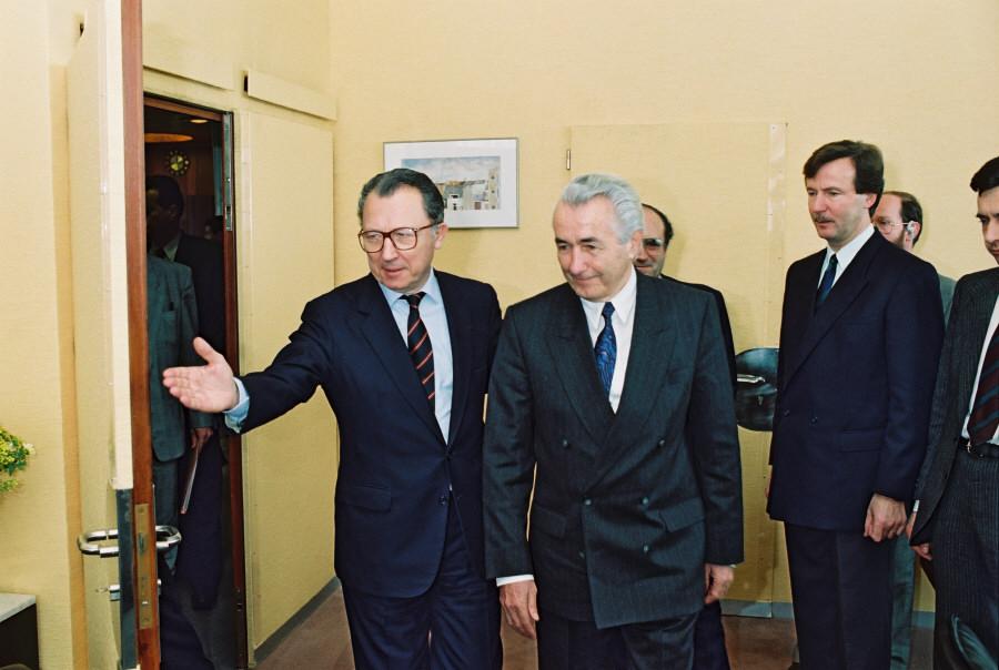 Visit of Ante Marković, Yugoslav Prime Minister, to the CEC
