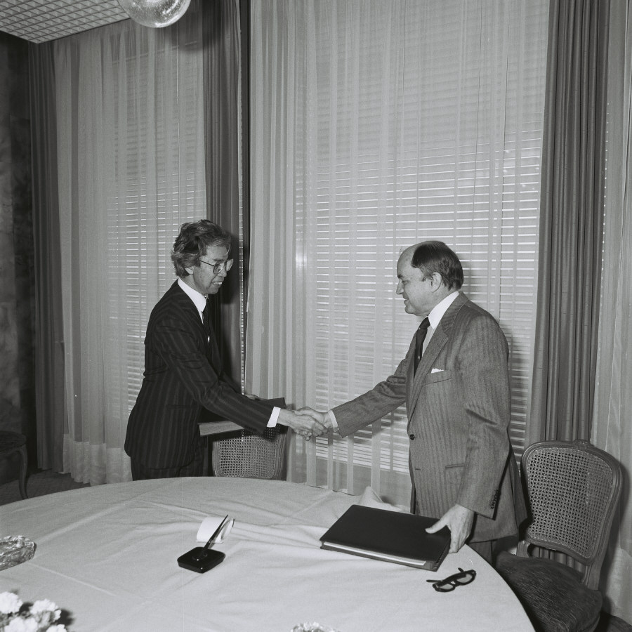 Signing of a EEC/ASEAN financing agreement