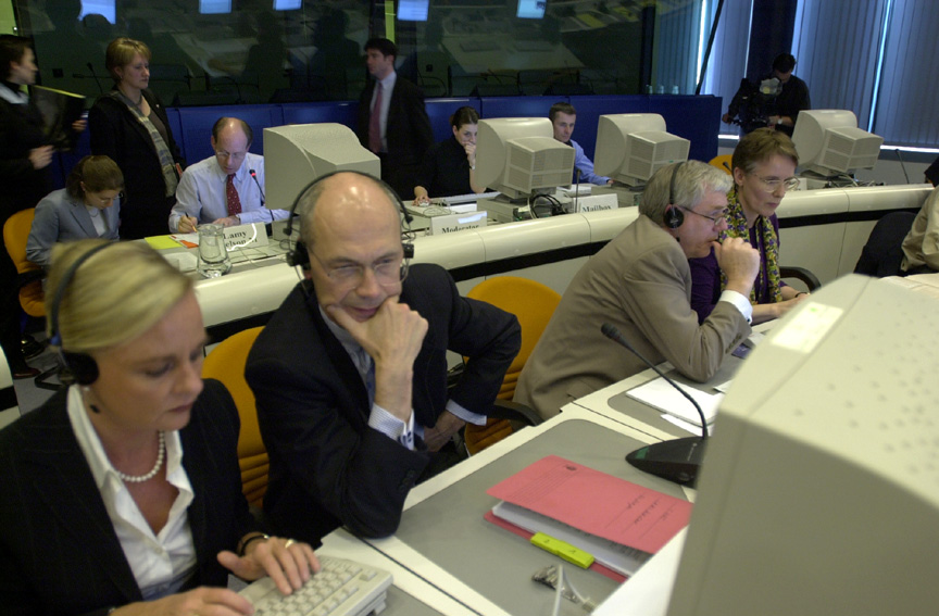 Live internet debate with Poul Nielson and Pascal Lamy, Members of the EC