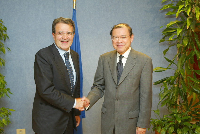 Visit of Supachai Panitchpakdi, Director-General of the WTO, to the EC