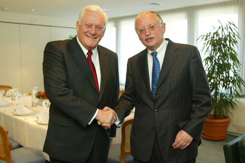 Visit of Algirdas Brazauskas, Lithuanian Prime Minister, to the EC