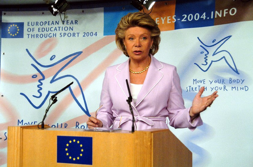 Press conference by Viviane Reding, Member of the EC, on the European Year of Education through Sport
