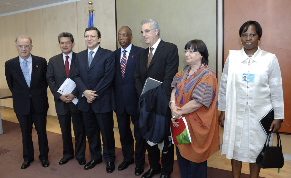 Visit by Rajat Gupta, Chair of the Board of The Global Fund to Fight AIDS, Tuberculosis and Malaria, to the EC