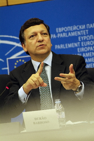 Press conference with José Manuel Barroso, President of the EC, and Margot Wallström, Vice President of the EC, on the IGC