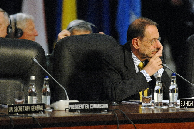 Participation of José Manuel Barroso in the NATO summit in Bucharest