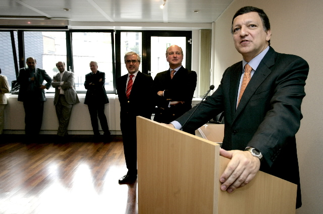 Inauguration by José Manuel Barroso, President of the EC, of the Portuguese Wine Club