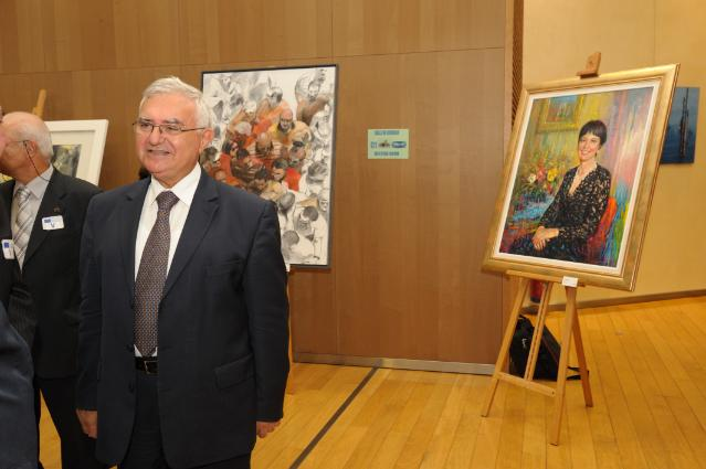 Opening by John Dalli, Member of the EC, of the exhibition of paintings by Maltese artists