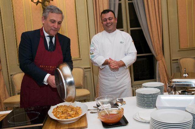 Participation of Antonio Tajani, Vice-President of the EC, at the action The Commissioner cooks in the framework of the Week of Taste, under the Belgian presidency of the EU