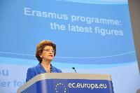 Conférence de presse d'Androulla Vassiliou, membre de la CE, sur les statistiques pour le programme Erasmus