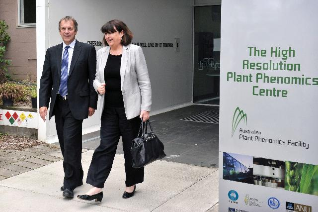 Visit of Máire Geoghegan-Quinn, Member of the EC, to Australia