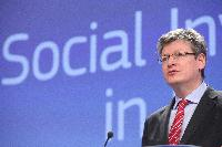 Press conference by László Andor, Member of the EC, on the growth and social cohesion