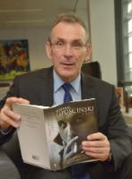 Andris Piebalgs, Member of the EC for  the 'Get caught reading' campaign