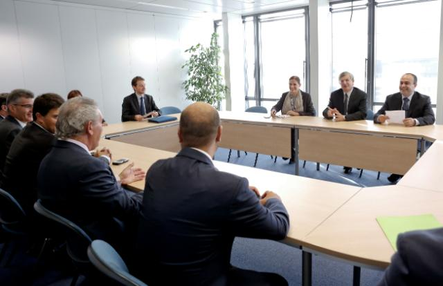 Visit of Members of the MHRA to the EC