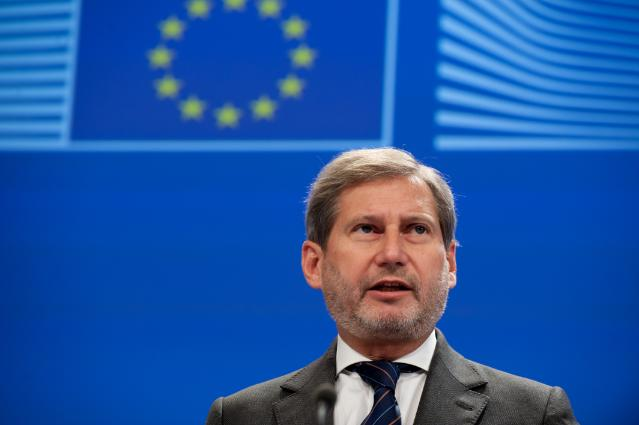 Press conference by Johannes Hahn, Member of the EC, on the approval of Greece's major motorway projects