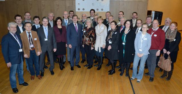 Johannes Hahn receives the representatives of the EU municipalities