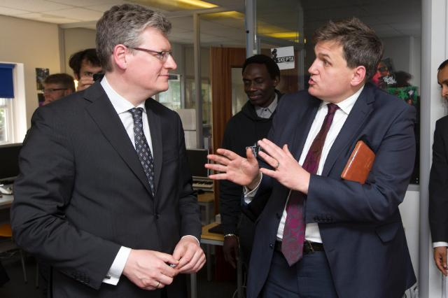 Visit by László Andor, Member of the EC, to United Kingdom