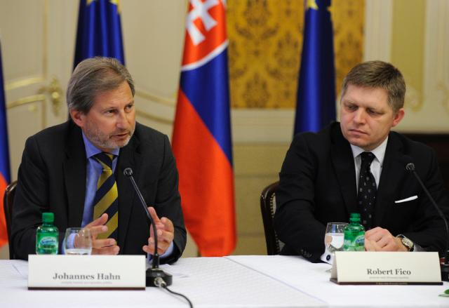 Commissioner Hahn welcomes adoption of Partnership Agreement in Slovakia