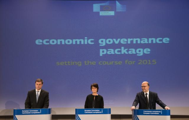 Joint press conference by Valdis Dombrovskis, Vice-President of the EC, Marianne Thyssen and Pierre Moscovici, Members of the EC, on the EU Annual Growth Survey 2015, the launch of a new cycle of the European Semester and the assessment of 2015 Draft Budgetary Plans