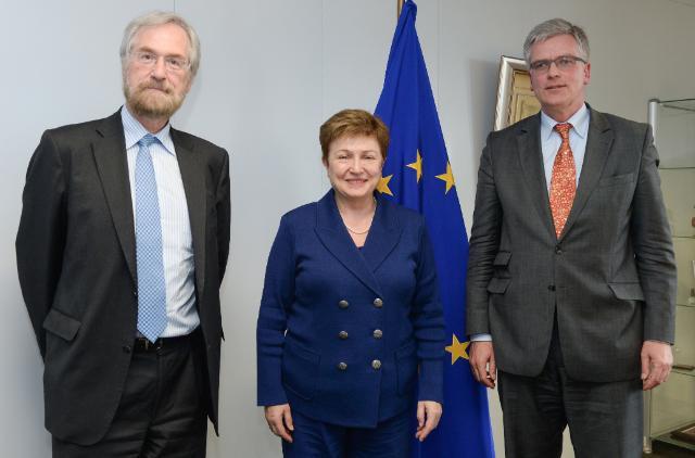 Visite de Peter Praet, membre du directoire de la BCE, à la CE