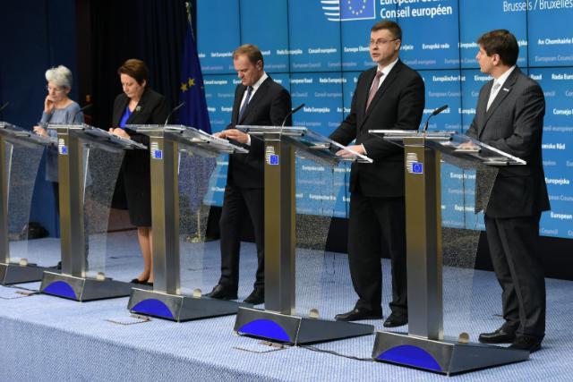 Conférence de presse conjointe à l'issue du sommet social tripartite