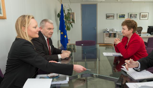 Visit of Jean-Pierre Bourguignon, President of the European Research Council, to the EC