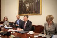 Visit by Valdis Dombrovskis, Vice-President of the EC, to Spain