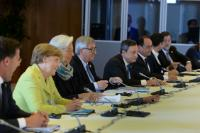 Mark Rutte, Dutch Prime Minister, Angela Merkel, German Federal Chancellor, Christine Lagarde, Managing Director of the International Monetary Fund (IMF), Jean-Claude Juncker, Mario Draghi, President of the European Central Bank (ECB), François Hollande, President of the French Republic, Alexis Tsipras, Greek Prime Minister, and Mariano Rajoy Brey, Spanish Prime Minister (from left to right)