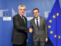 Visit of Mauro Moretti, CEO and General Manager of Leonardo-Finmeccanica, to the EC