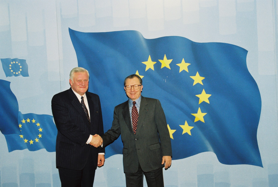 Visit of Algirdas Brazauskas, President of Lithuania, to the EC