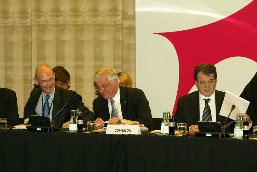 Chris Patten at the EU-Latin American and Caribbean (LAC) Summit - Madrid, 16, 17 & 18 May 2002