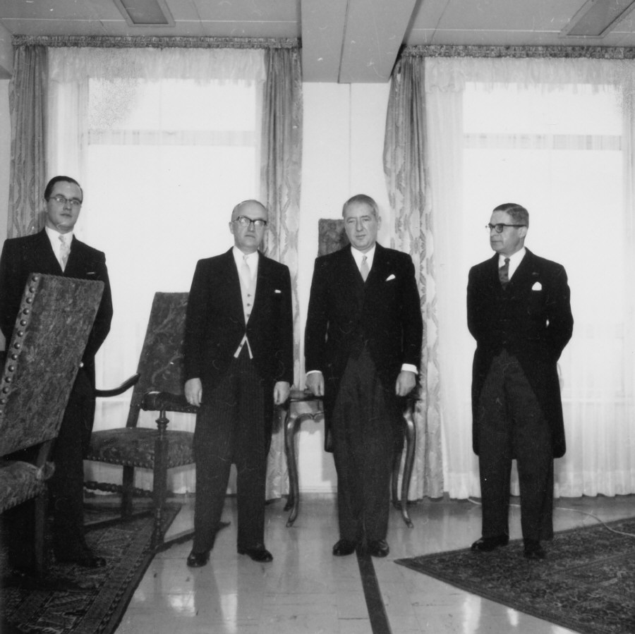 Presentation of the credentials of the Heads of Mission to Walter Hallstein, President of the Commission of the EEC