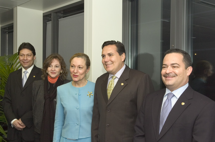 Visit of Francisco Lainez, Salvadorian Minister for Foreign Affairs, to the EC