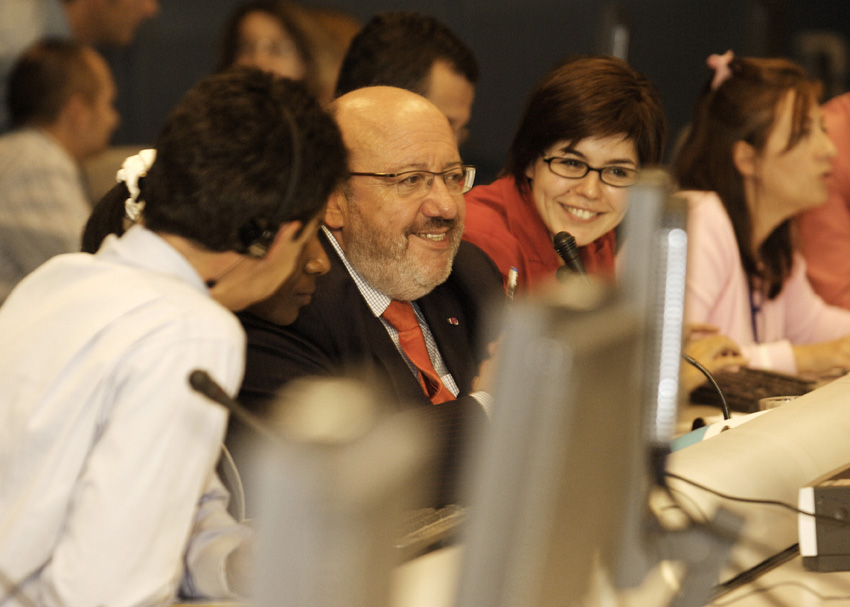 Internet chat with Louis Michel, Member of the EC, on the Millennium Development Goals