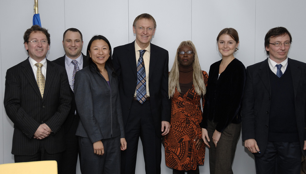 Janez Potocnik, Member of the EC in charge of Science an research, receives representatives from the  Global Alliance for TB Dr