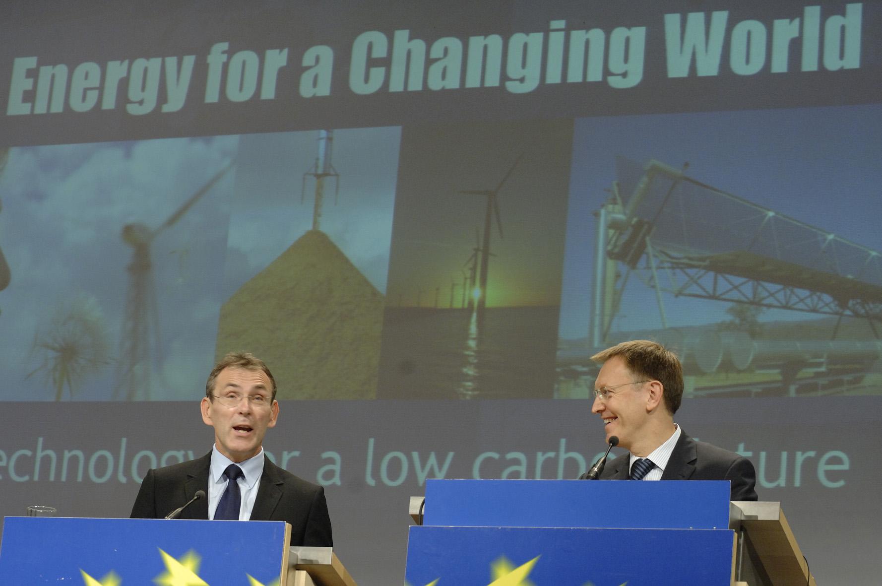 Conférence de presse conjointe de Janez Potocnik et Andris Piebalgs sur le plan stratégique pour les technologies énergétiques