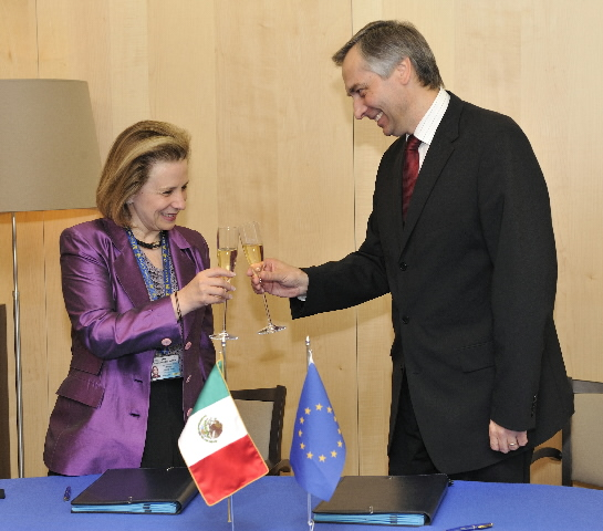 Signature of two Joint Declarations between Mexico and the EC, on education and culture