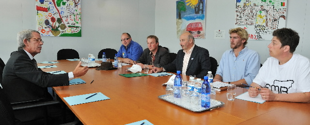 A visit of farmers of the European Milk Board to the EC