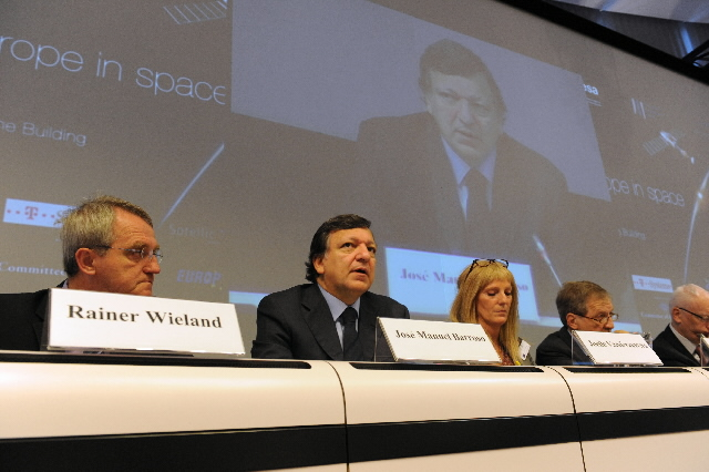 Participation of José Manuel Barroso, President of the EC, at the conference on the future of the European space policy