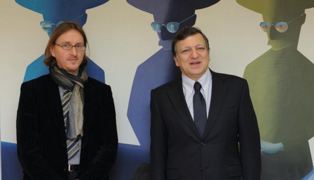 Visit of Peter de Caluwe, General Director of La Monnaie, to the EC