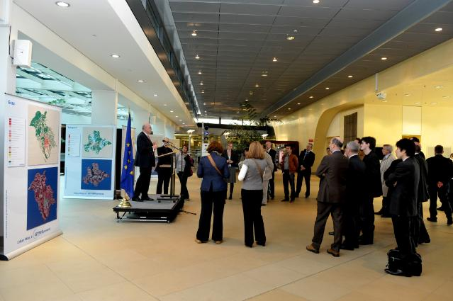 Opening of the exhibition on the GMES system by Heinz Zourek, Director-General of the DG Enterprise and Industry of the EC