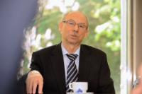 Echange informel entre Janusz Lewandowski, membre de la CE, et des représentants des plus grands réseaux de collectivités locales et régionales d'Europe