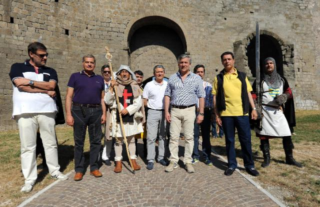Walking pilgrimage of Antonio Tajani, Vice-President of the EC, to Viterbo, in Italy