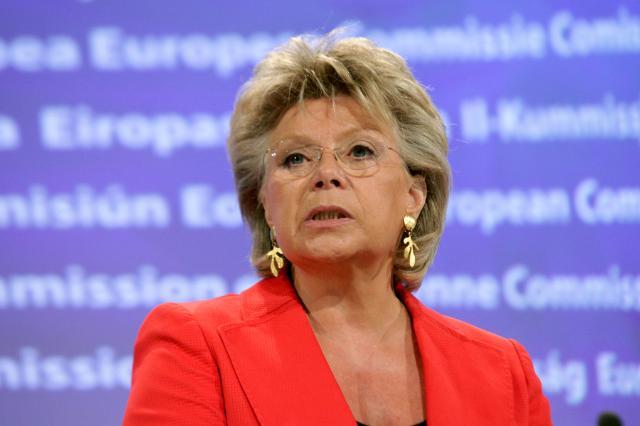 Conférence de presse de Viviane Reding, vice-présidente de la CE, sur la situation des Roms
