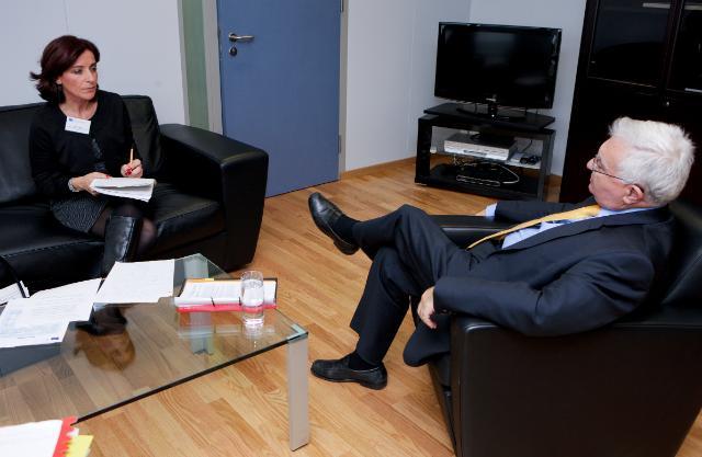 Interview de John Dalli, membre de la CE chargé de la Santé et de la Politique des consommateurs