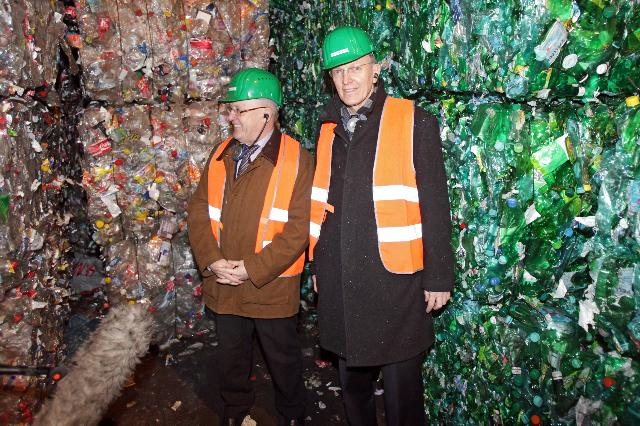 Visit of the precious metal recycling plant Umicore, in Hoboken, and the waste management company Indaver, by Janez Potočnik, Member of the EC