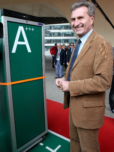 Kick-off of the race Energy efficiency: the winning track, seven fridges competing for energy efficiency, given by Günther Oettinger, Member of the EC