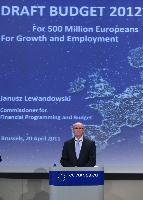 Press conference by Janusz Lewandowsk, Member of the EC, on the 2012 budget