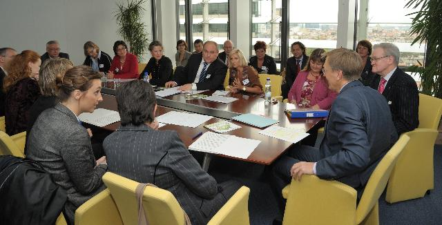 Visit of a delegation of Encore to the EC